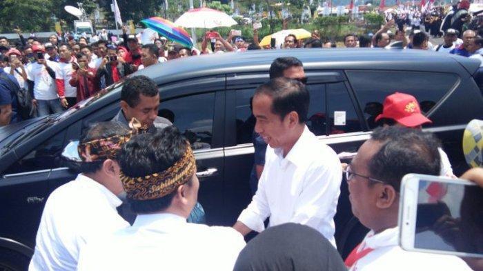 Jokowi: Saya Salaman dengan Berjuta-juta Orang, Nggak Pakai Sarung Tangan