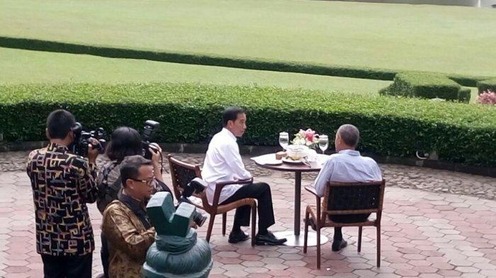 Makan Bakso Di Kebun Raya Bogor Obama Bilang Begini Ke Kasir Grand Garden Resto Tribunnews Bogor