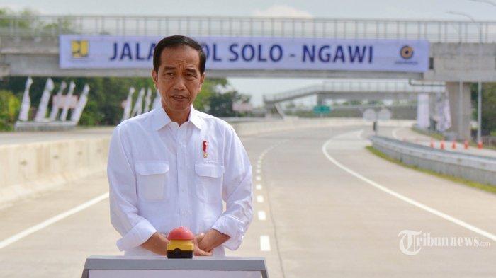 4 Tahun Jadi Presiden Jokowi Mulai Bereaksi Serangan Oposisi : Kampanye Kan Perlu Menyerang