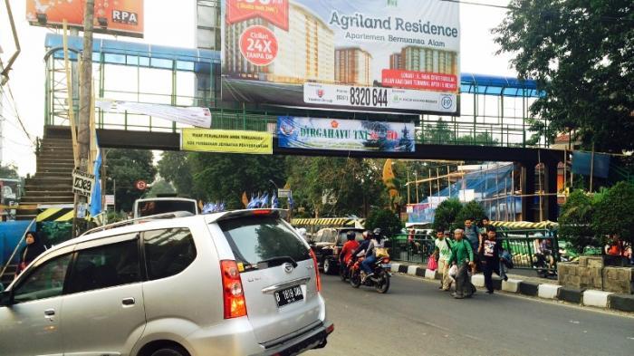 JPO Baranangsiang Diperbaiki, Penyeberang Terobos Pagar Pembatas Jalan
