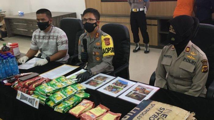 Jual Makanan Kadaluarsa dan Bekas Banjir, Wanita di Cileungsi Ditangkap Polres Bogor