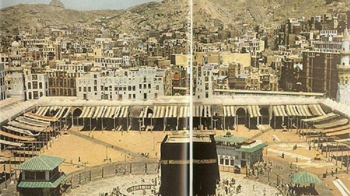 Foto-foto Menakjubkan Ibadah Haji Tahun 1953, Bisa Masuk ke Dalam Ka'bah Tanpa Berdesakan