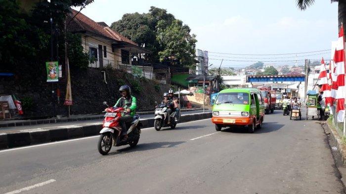 Lalu Lintas Simpang Empang Kota Bogor Kamis Pagi Lancar