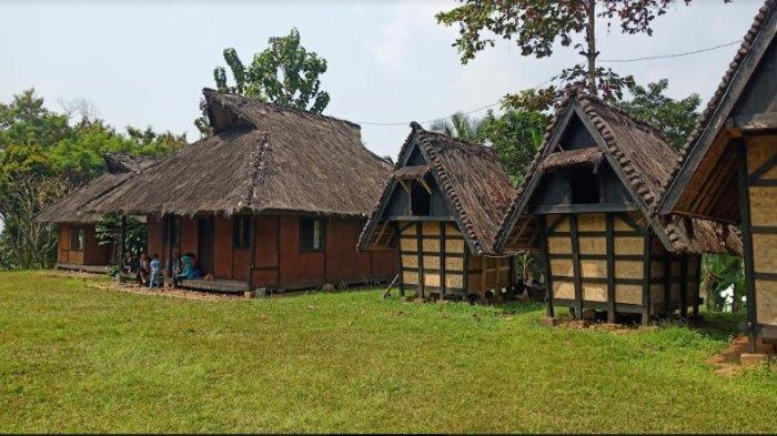 Menyambangi Kampung Budaya Sindang Barang, Kental Suasana Kesundaan