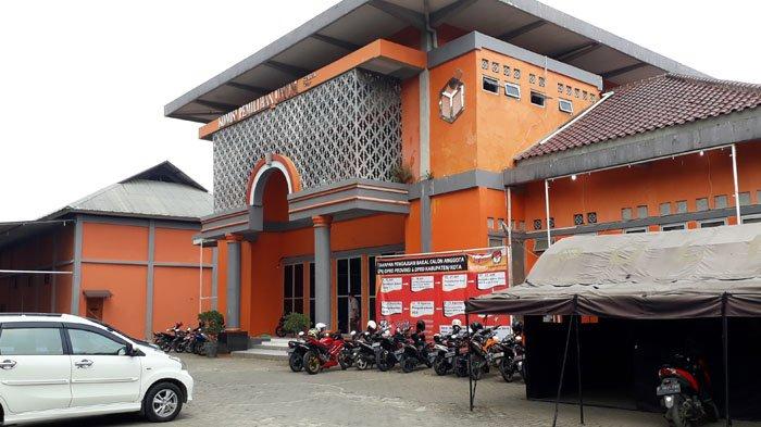 MK Terima Eksepsi KPU Kabupaten Bogor Terkait Gugatan Pasangan Jaro Ade-Inggrid Kansil