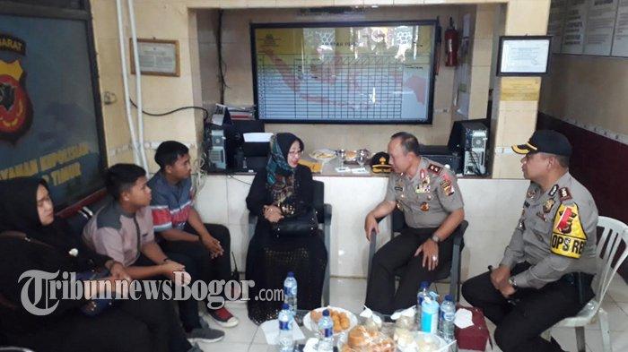 Meninggal Usai Jaga TPS Pilkada Bogor, Kapolda Jabar Akan Berikan Penghargaan Kepada Aiptu Sajarwo