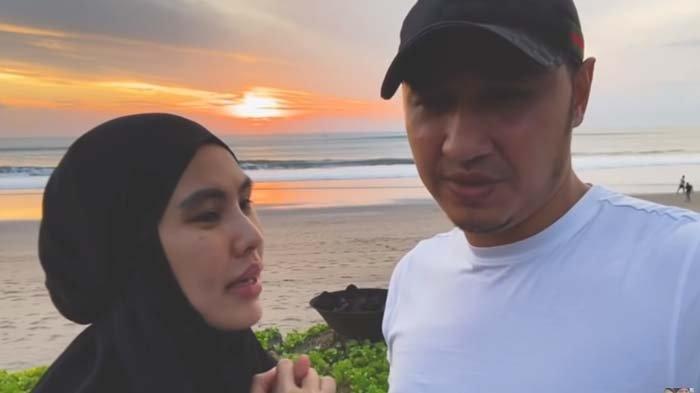Kartika Putri Maksa Pergi ke Pantai di Bali, Habib Usman Meradang : Jangan Sampai Kita Zina Mata !