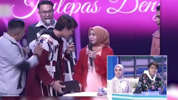 Kasih Hadiah Spesial Ini untuk Lesty Kejora, Rizky Billar Singgung soal Pasangan, Tukul: Ciye Ciye !