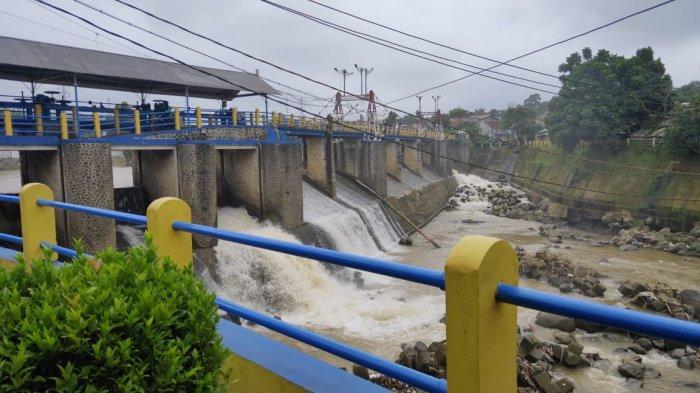 Cuaca Mendung, Tinggi Muka Air Bendung Katulampa Bogor di Bawah Normal