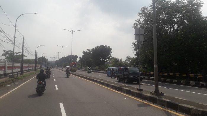 INFO LALIN : Kendaraan di Jalan Raya Jakarta-Bogor Kawasan Sukaraja Ramai Lancar