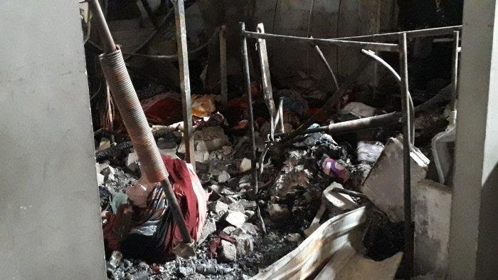 4 Ruko Toko Baju Terbakar di Pasar Cibinong, Barang Dagangan Ludes