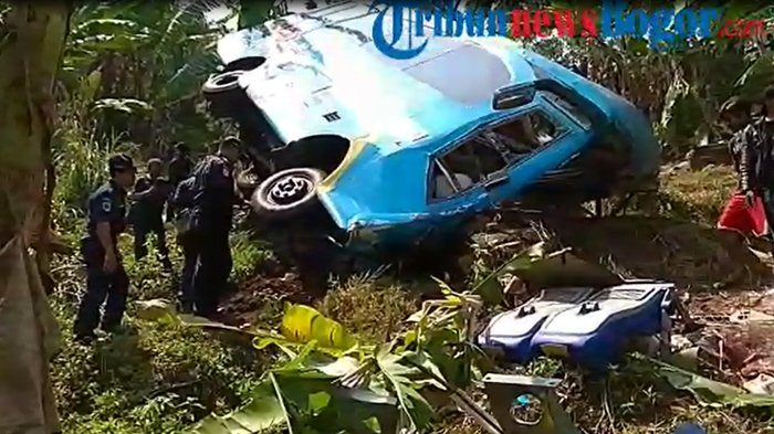 Fakta Baru Kecelakaan Maut di Cikidang Sukabumi, Sopir Masih Misterius Hingga Warga Bawa Gergaji