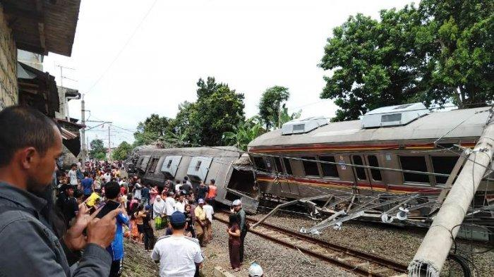 BREAKING NEWS - Kecelakaan Kereta Kebon Pedes Bogor, Ada Tiang Menimpa Gerbong