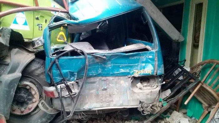 Kecelakaan Tronton dan Angkot di Lewisadeng Bogor, Polisi Sebut 2 Orang Tewas