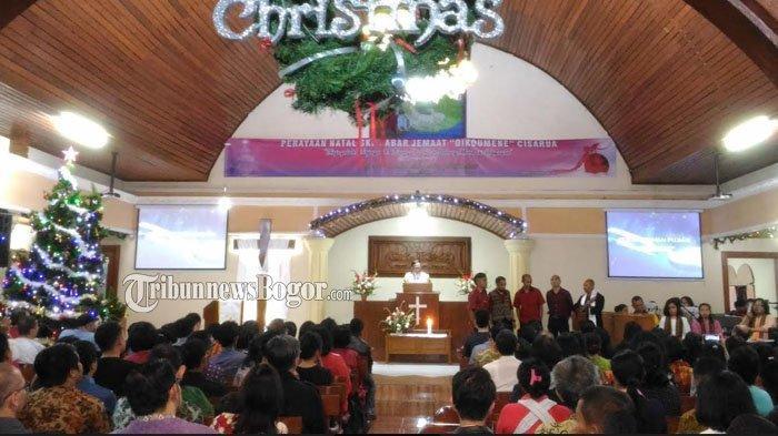 Toleransi Masyarakat Cisarua Bogor Dikenal Baik, Jemaat GKPO Jalankan Misa Natal Dengan Damai
