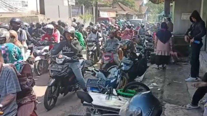 Jelang Puasa Ramadhan, Jalan Ciampea Bogor Alami Macet Total