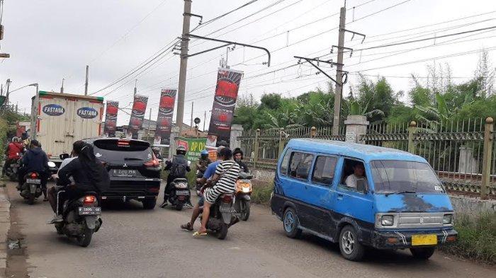 Info Lalu Lintas - Minggu Pagi Jalan Raya Bojonggede Lancar