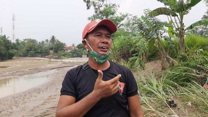 Kepala Dusun 3 Kampung Parung Sapi, Desa Kalong Sawah, Kecamatan Jasinga, Kabupaten Bogor, Endang Ibrahim