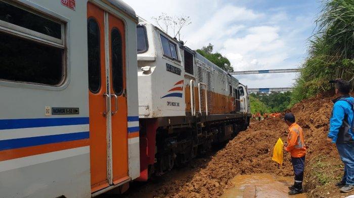 Paska Tertutup Longsor, Operasional Kereta Pangrango Bogor-Sukabumi Kembali Normal