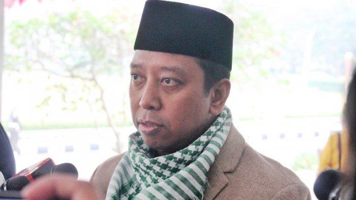 Sudah Kantongi Satu Nama, Romahurmuziy Ungkap Alasan Jokowi Belum Umumkan Cawapresnya