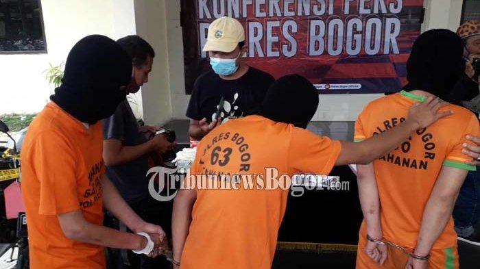 BREAKING NEWS - Buntuti Mobil Nasabah Bank, Komplotan Tebar Paku di Bogor Diciduk Polisi