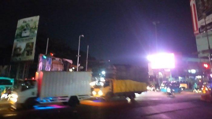 Update Lalu lintas - Kawasan Simpang Ciawi Malam Ini Terpantau Lancar
