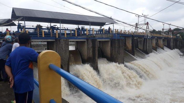 Tinggi Muka Air Meningkat Kamis Pagi, Status Bendung Katulampa Bogor Siaga 4