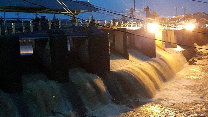 Puncak Bogor Diguyur Hujan, Begini Kondisi Terkini TMA Bendung Katulampa