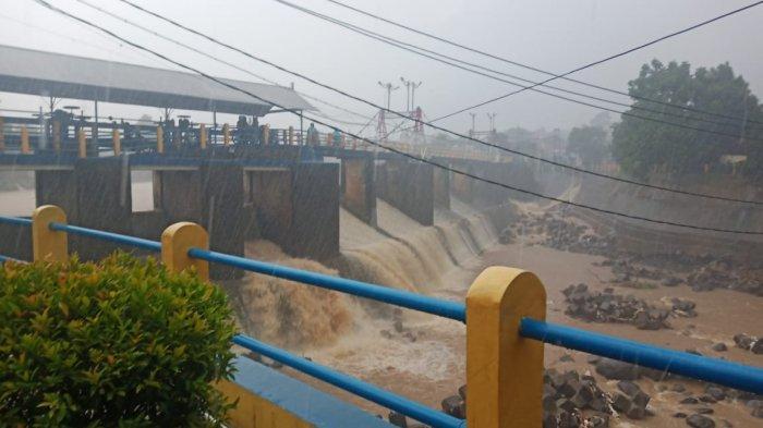 Kota Bogor Diguyur Hujan Minggu Sore, Cek Update Tinggi Muka Air di Bendung Katulampa di Sini!
