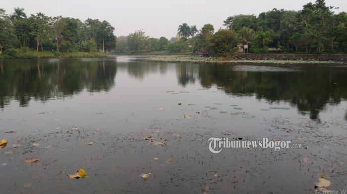 Kondisi Danau Situ Burung tampak banyak sampah
