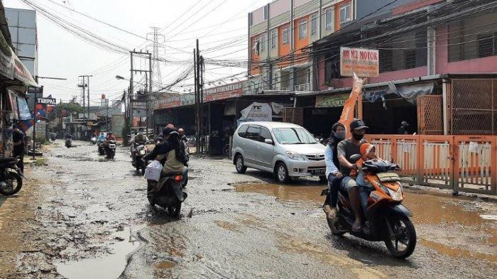 Jalan Rusak di Bojonggede Bikin Arus Lalin Tersendat, Begini Kondisinya