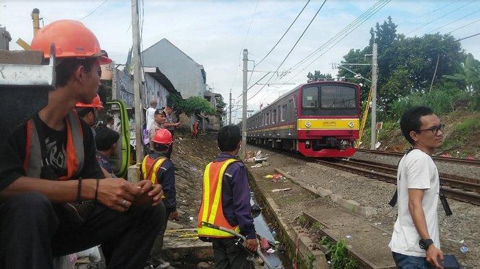 Rel Kebon Pedes Bogor Diperbaiki, Kecepatan KRL Commuter Line Masih 20-40 Km Per Jam