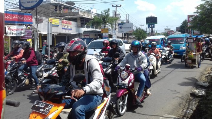 Laju Kendaraan Menuju Simpang Tol BORR Lancar di Jalan KS Tubun Bogor