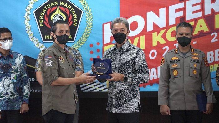 Tokoh Pers Kota Bogor Dijadikan Nama Jalan, Arihta U Surbakti Kembali Pimpin PWI Kota Bogor