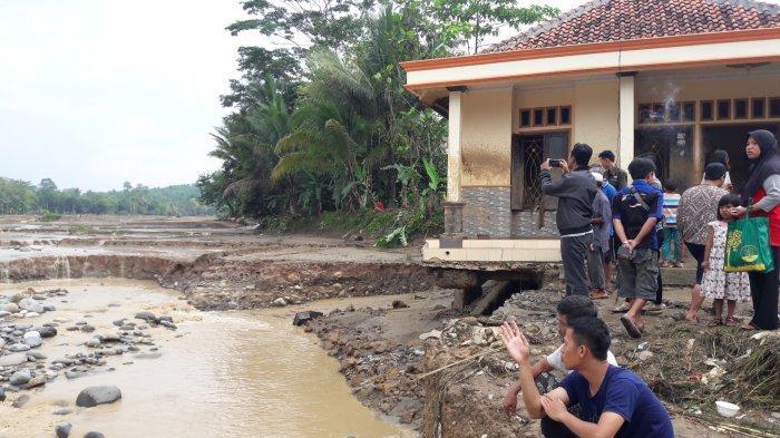 Cerita Warga Soal Santri di Bogor Terbawa Banjir 10 KM, Ditemukan Terkubur Setelah 2 Pekan Hilang