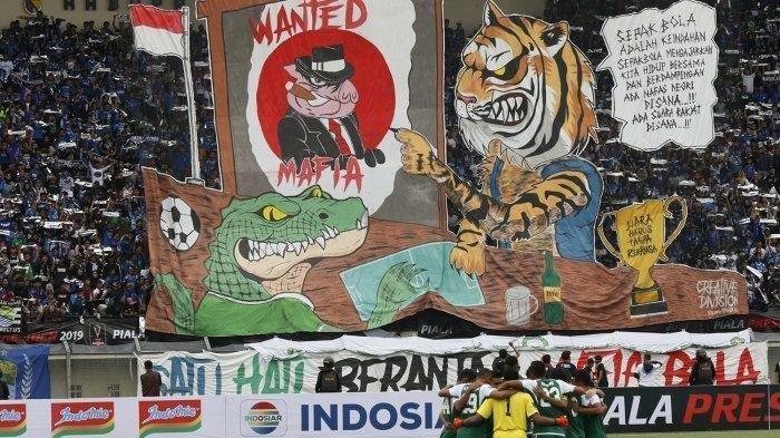 Babak Pertama Persib Bandung Unggul 2-0 atas Persebaya Surabaya