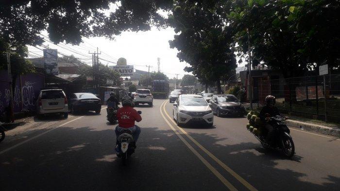 Cuaca Cerah, Lalu Lintas di Jalan KS Tubun Kota Bogor Pada Hari Jumat Siang Ini Lancar