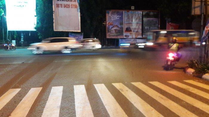 Lalu Lintas Kendaraan di Simpang CCM Ramai Lancar Malam Ini