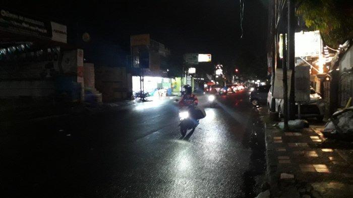 Info Lalu Lintas : Arus Kendaraan di Jalan Raya Sukahati Cibinong Malam Ini Lancar