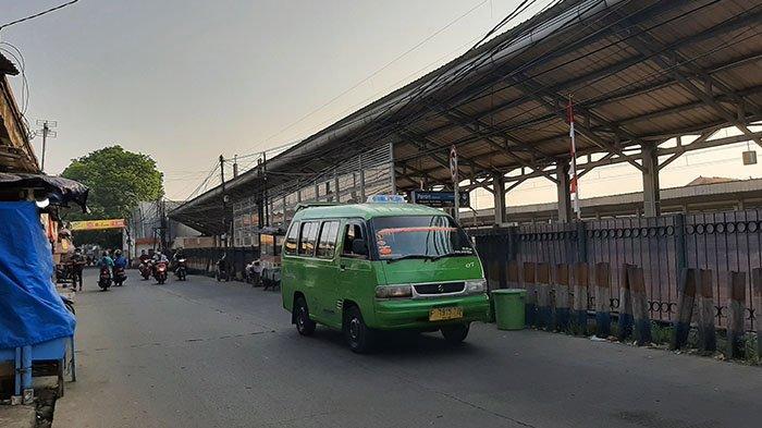 Arus Lalu Lintas di Depan Stasiun Bojonggede Pagi Ini Lancar, Cuaca Cerah