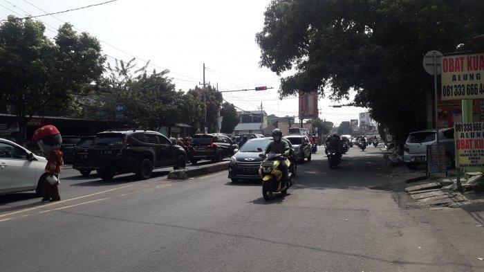 Info Lalu Lintas - Jalan KS Tubun Kota Bogor Jelang Siang Ramai Lancar, Cuaca Cerah