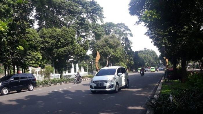 Lalu Lintas Jalan Pajajaran Bogor Dekat Kampus IPB