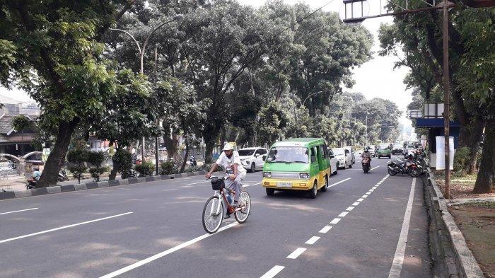 Lalu Lintas di Jalan Pajajaran Kota Bogor Saat Ini Ramai Lancar Cuaca Cerah