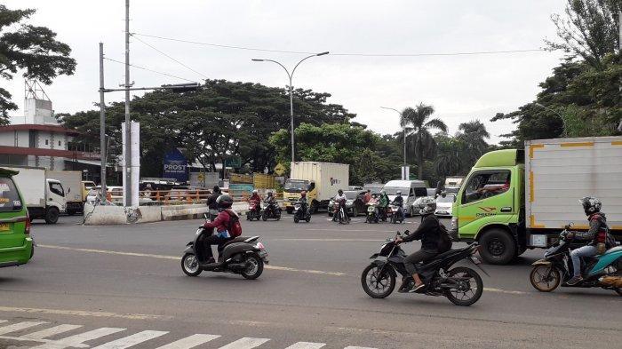 Kondisi Lalu Lintas Simpang Sentul Bogor Arah Cibinong