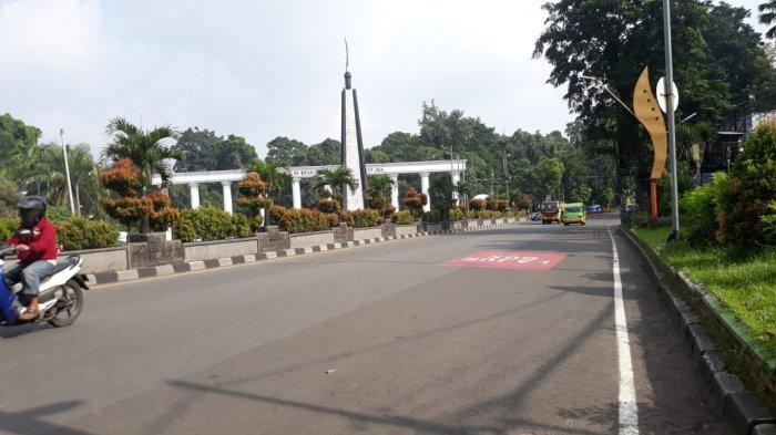 Kondisi Lalu Lintas di Kawasan Tugu Kujang Kota Bogor Kamis 9 April 2020