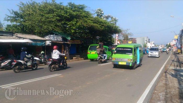 Lalu Lintas di Jalan Raya Tajur Kota Bogor Pagi Ini Ramai Lancar