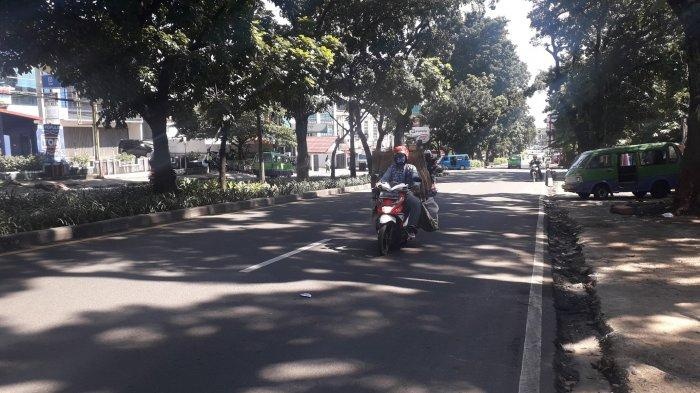 Akhir Pekan, Lalu Lintas Kendaraan Jalan Raya Pajajaran Kota Bogor Masih Ramai Lancar