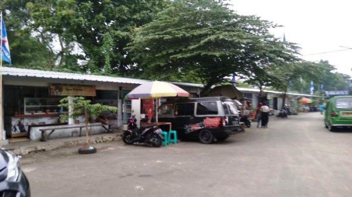 Dibangun UMKM Kota Bogor, Warga Kampung Anggrek Bingung Kios Samping Gedung DPRD Diisi Pedagang Luar
