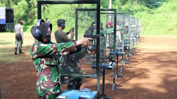 Optimalkan Kemampuan, Wingdikum Adakan Latihan Menembak Untuk Para Perwira
