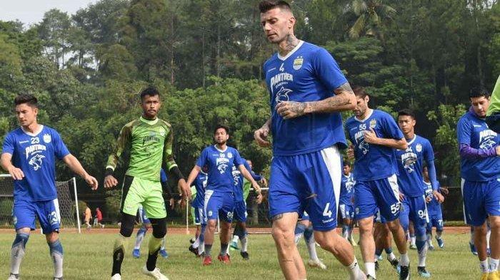 Persib Bandung Tanpa 3 Pemain Anyar Saat Kontra Borneo FC